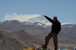 Everest from a distance in Tibet