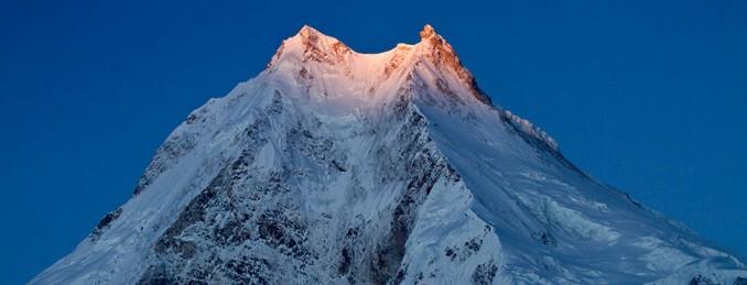 manaslu-morning-light-samir-thapa-ghtdp