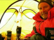 in the tent at C3 makalu